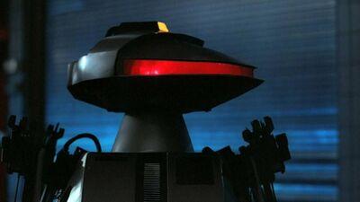 5 Most Hilarious '80s Movie Robots