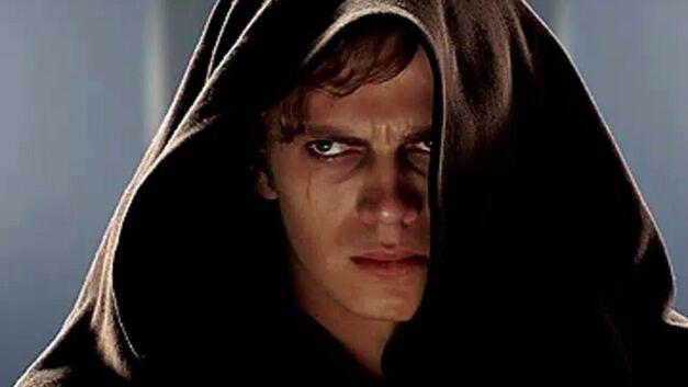 Hayden Christensen will take the stage at Star Wars Celebration Orlando.