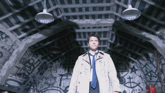 castiel_shows_his_wings-supernatural-lazarus-rising-episode