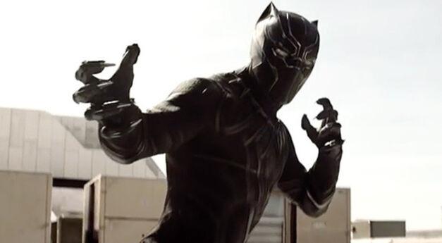 Black Panther in 'Captain America Civil War.'
