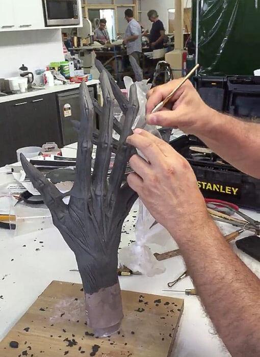 alien covenant monster hands