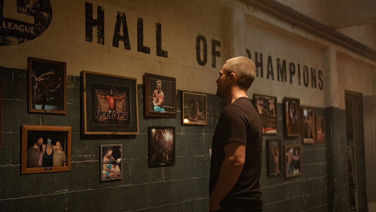 Stephen Amell in 'Heels'