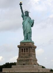 434px-Statue of Liberty 7
