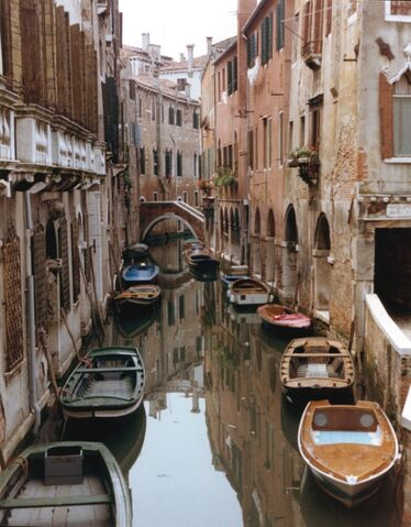 File:Venice Canal.jpg