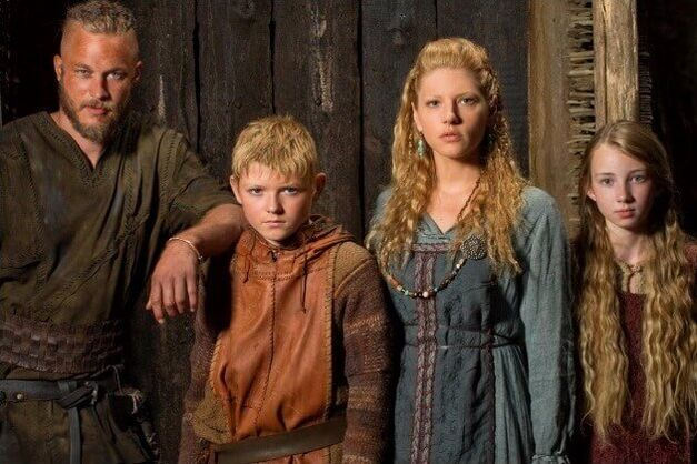 Vikings-season-1-Ragnar-Lagertha-Kids