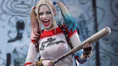 """Margot Robbie Teases """"Unexplored"""" DC Characters in Harley Quinn Movie"""