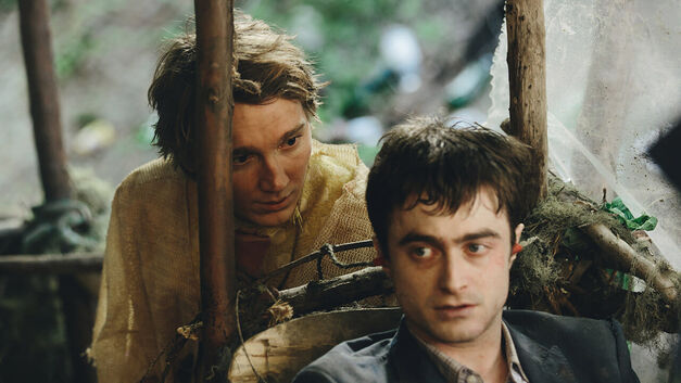 swiss-army-man-radcliffe-dano