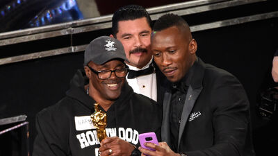 Gary From Chicago Won the Oscars Wearing Basketball Shorts