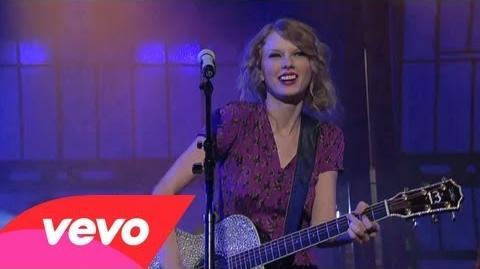 Taylor Swift - Mine (Live on Letterman)-0