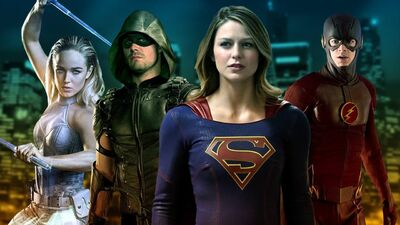 First Look At Arrowverse Invasion! Crossover