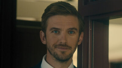 Call 911 Because Dan Stevens Is so Hot Right Now He Might Literally Be on Fire