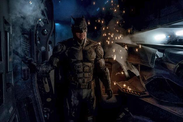 tactical batsuit justice league batman ben affleck