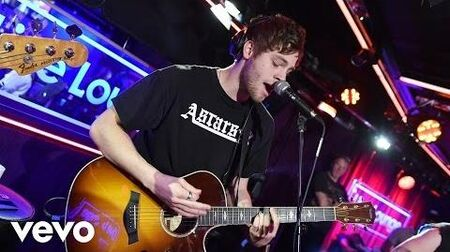 5 Seconds of Summer - Drown (Bring Me The Horizon cover in the Live Lounge)