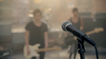 5 Seconds of Summer - She Looks So Perfect - 5 Seconds of Summer Wiki (1)