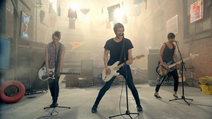 5 Seconds of Summer - She Looks So Perfect - 5 Seconds of Summer Wiki (20)