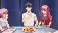 EP1 Nino & Ichika watch Fuutarou eating cookies