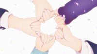 EP7 quintuplets hand