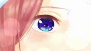 EP11 Miku eye
