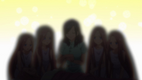 EP8 Nakano quintuplets & mother blur