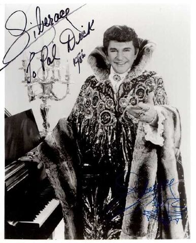File:Liberace autograph to dick.jpg