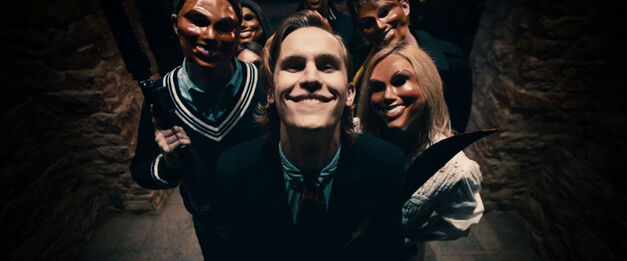 the purge: election year group in masks