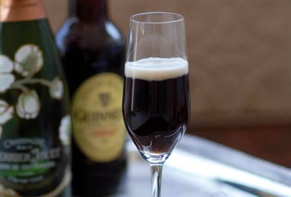 The Black Velvet: Guinness and Bolly