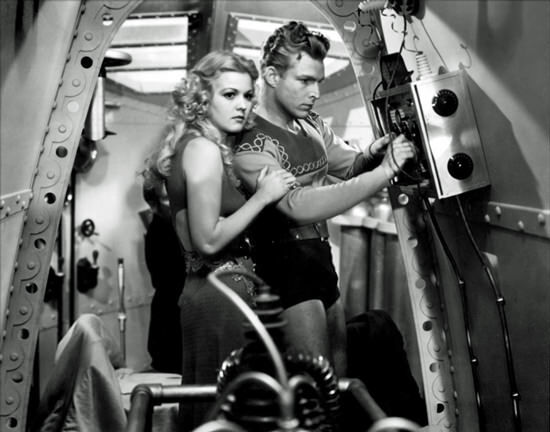 flash-gordon-and-woman-in-spaceship