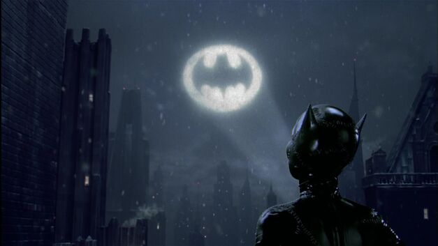 batman returns bat signal catwoman