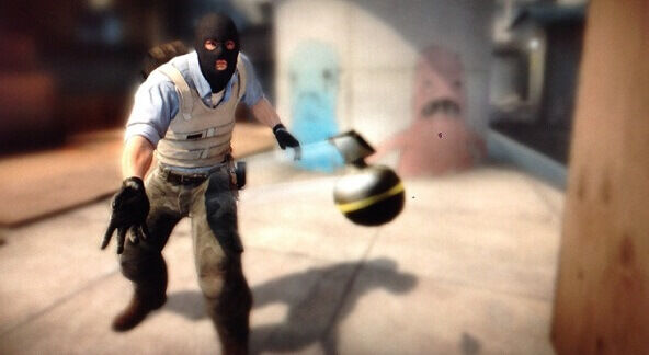 Counter-Strike: Global Offensive Tips Grenade Usage