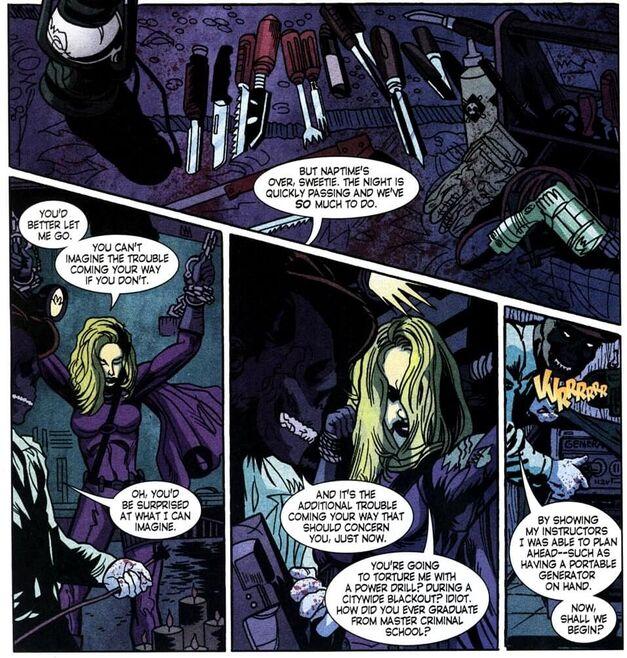 Dead_Robin_Stephanie_Brown_Spoiler_Tortured_Black_Mask_Batman_War_Games