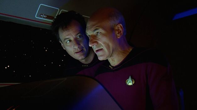 Q_and_Picard q who episode star trek tng