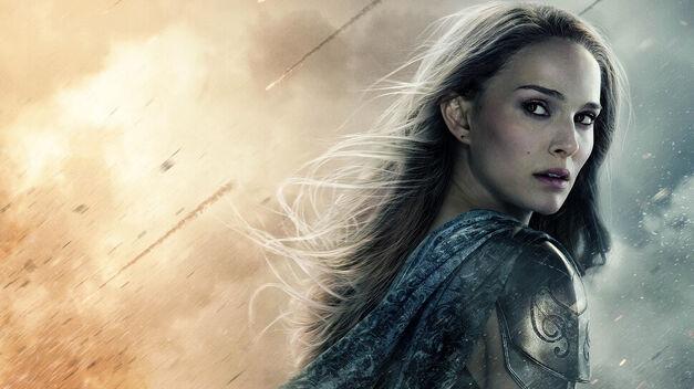 Natalie-Portman-in-Thor-2 promo shot