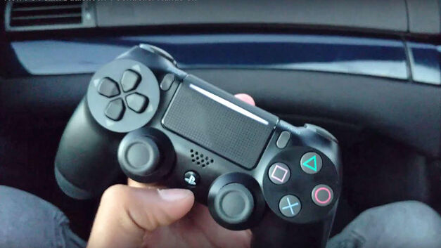 PS4 Slim Dualshock 4 controller light