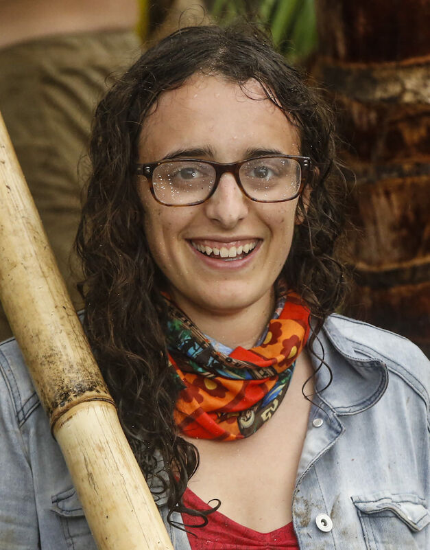 Hannah Shapiro Survivor season 33 Millennials team Vanua tribe