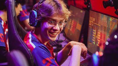 Into Overwatch's Stratus-phere: Esports Athlete Ethan 'Stratus' Yankel