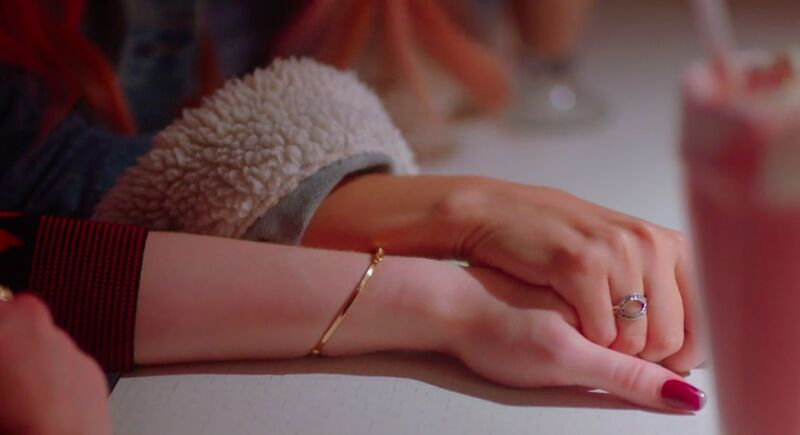Riverdale Toni Cheryl Holding Hands