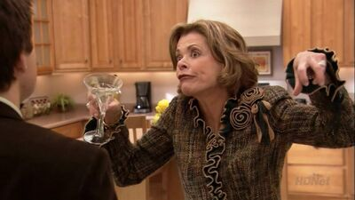 15 Savage Digs That Prove Lucille Is the Best Bluth on 'Arrested Development'