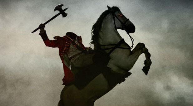 Sleepy-Hollow headless horseman with axe