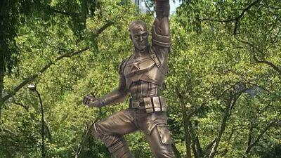Captain America Tribute Statue Unveiled at Comic-Con