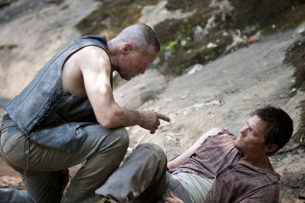 the-walking-dead-season-2 merle daryl