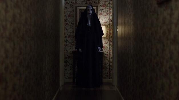 conjuring-2-nun