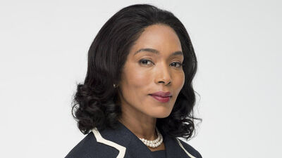 Angela Bassett Added to 'Black Panther' Cast