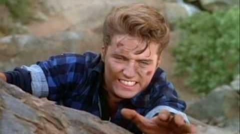 Beverly Hills, 90210 - Helping Hand