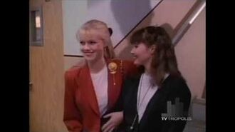 Beverly Hills, 90210 — Brenda and Dylan are introduced