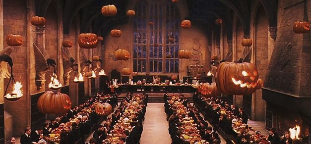 harry-potter-great-hall-feast