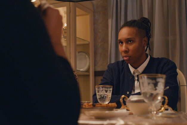 A photo from Thanksgiving, the best episode of Master of None Season 2.