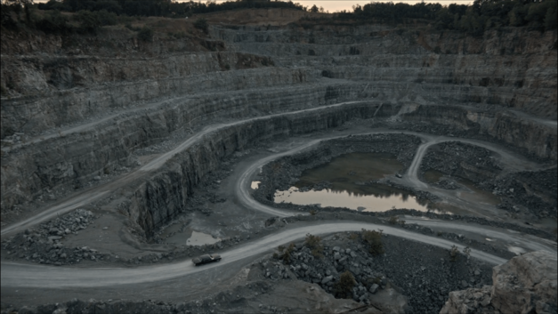 quarry-cinemax-meeting_broker