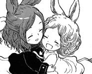Shino hugging maki