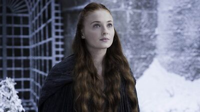 'Game of Thrones' Cast Charms Comic-Con, Preview New Episodes