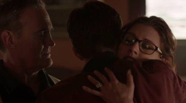 flash-flashpoint-barry-goodbye-parents
